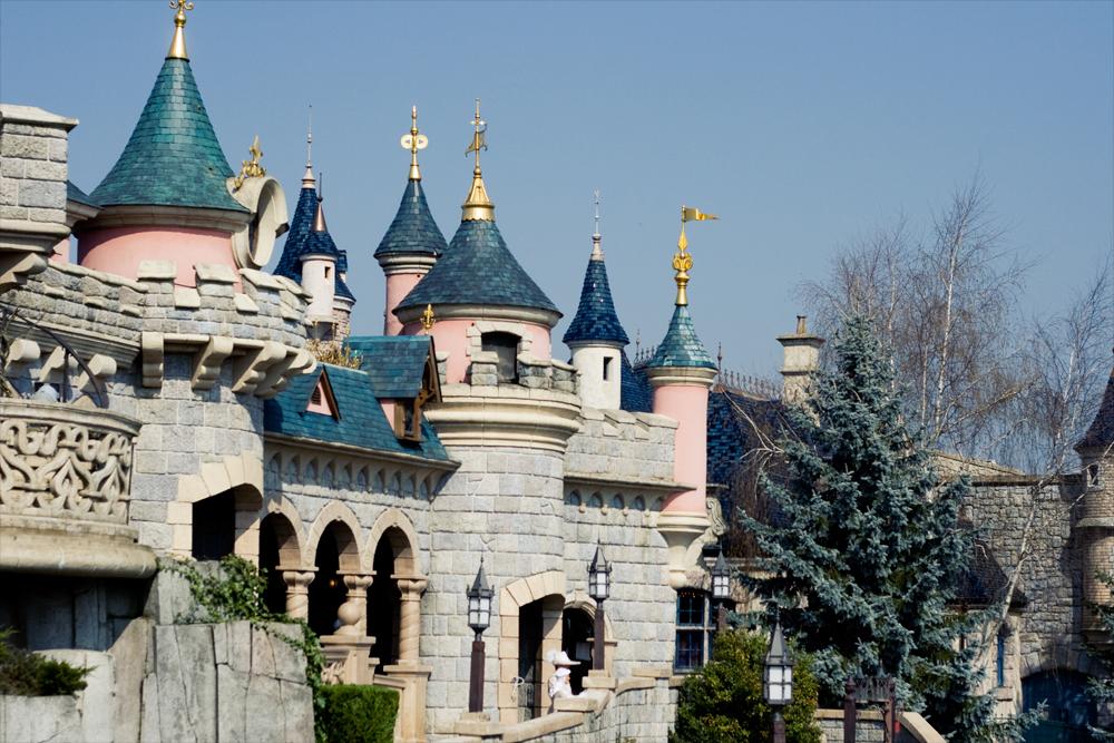 Disneyland paris le chateau de la belle au bois dormant cachemire et soie blog photo - Chateau la belle au bois dormant ...