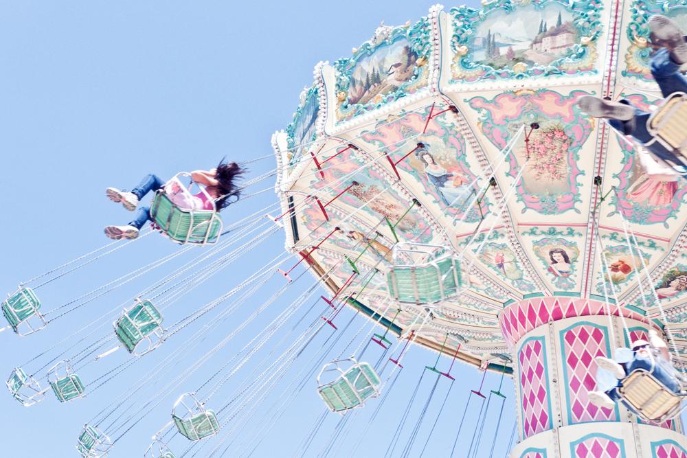 F te foraine des tuileries cachemire soie du bonheur for Chaise volante