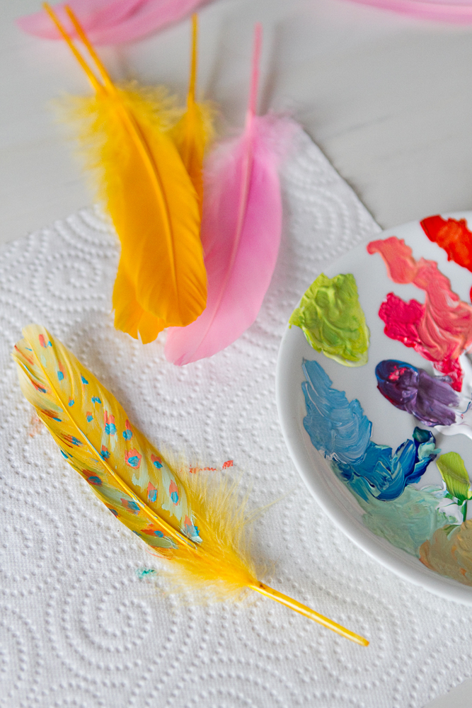 DIY-painted-feather-002b