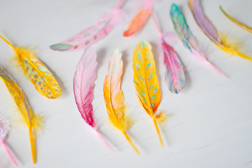 DIY-painted-feather-005