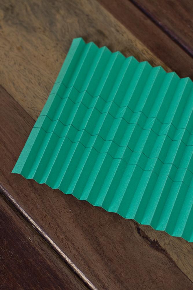 DIY-paper-origami-ball-005