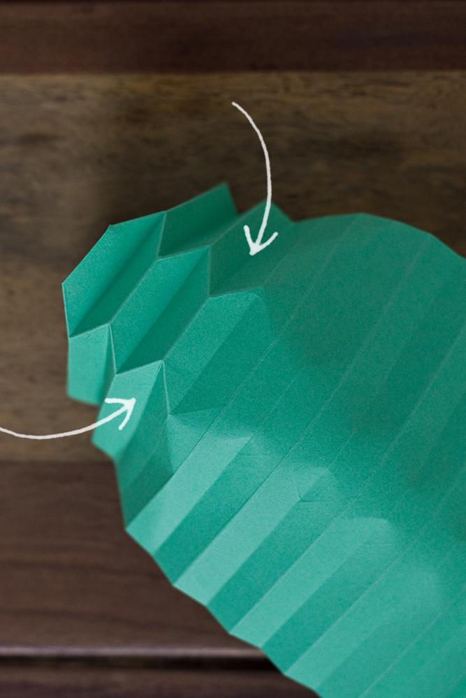 DIY-paper-origami-ball-006